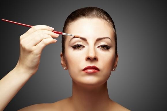 ¿Quieres lograr unas cejas perfectas?