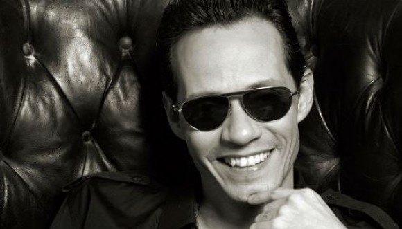 Marc Anthony negocia terreno en Girardot