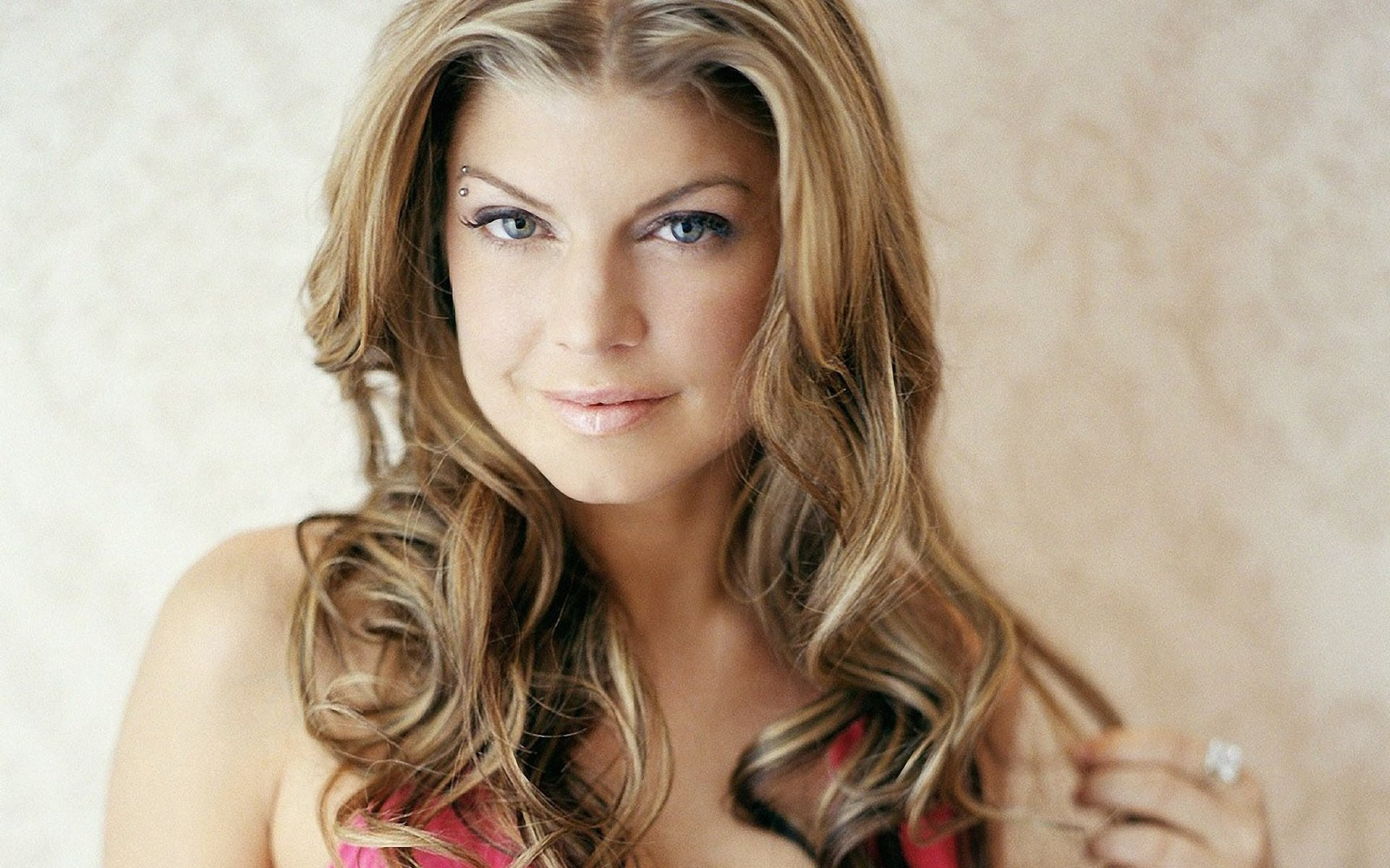 fergie-lovely