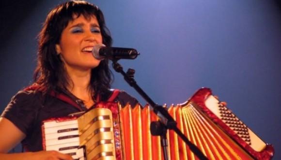 Julieta Venegas inicia gira de conciertos