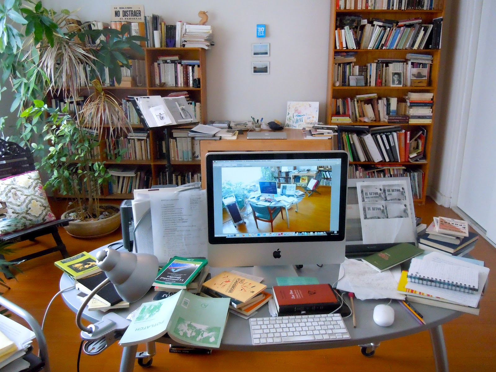escritoriodesordenado