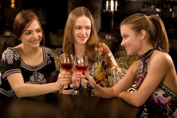 ¿Estaremos bebiendo mucho las mujeres?