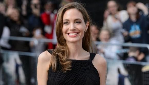 Primeras fotos de Angelina luego de mastectomía