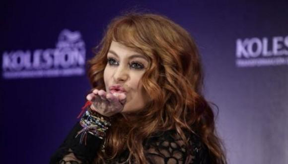 Paulina Rubio: ¿La chica pelirroja?