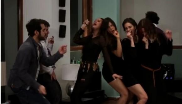 Video: Así bailan los adultos