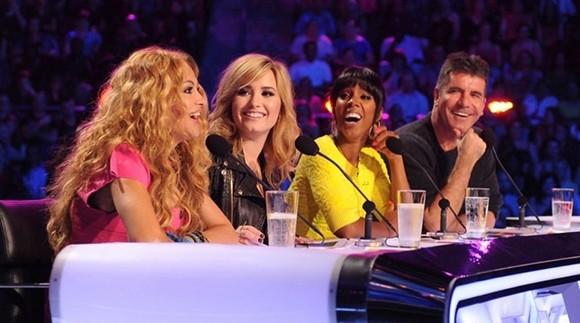 Reacciones ante el debut de Paulina Rubio en The X Factor