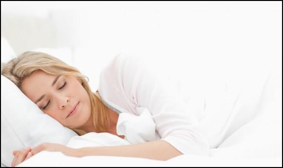 Trucos de belleza pasiva: cómo ponerte linda mientras duermes