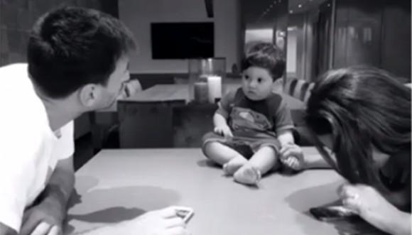 Messi publica nuevas fotos con su hijo en su casa