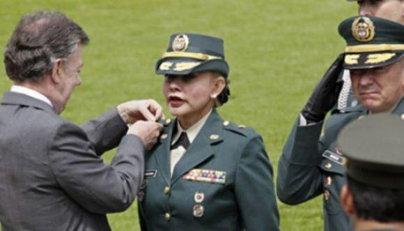 Ella es la primera mujer general del Ejército