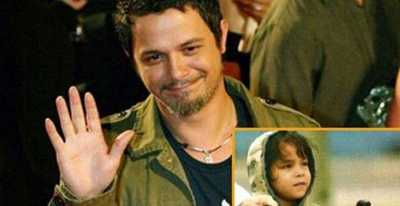 Hijo de Alejandro Saenz le teme a Papá Noel