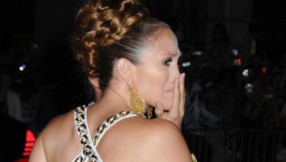 Jennifer Lopez es demandada por acoso sexual