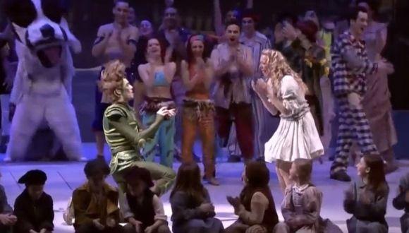 Peter Pan pidió matrimonio en plena obra de teatro
