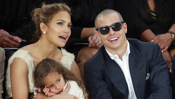 Jennifer Lopez-Casper Smart