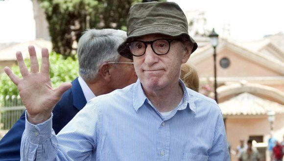 Woody Allen acusado de abuso sexual por su hija adoptiva