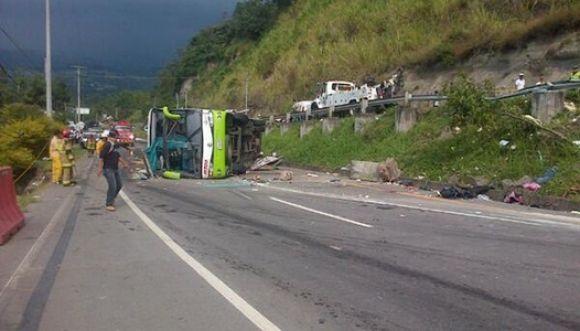 Accidente en la carretera Fusagasugá dejó más de 8 muertos