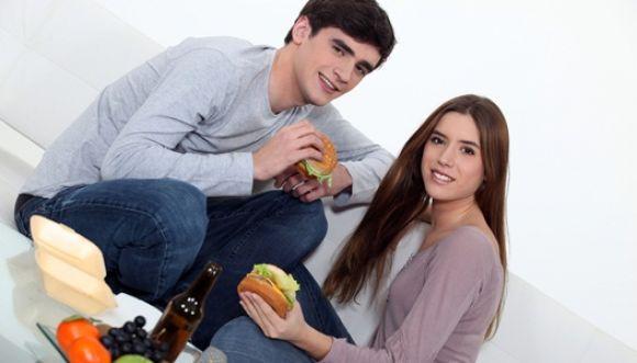 Las parejas felices engordan más