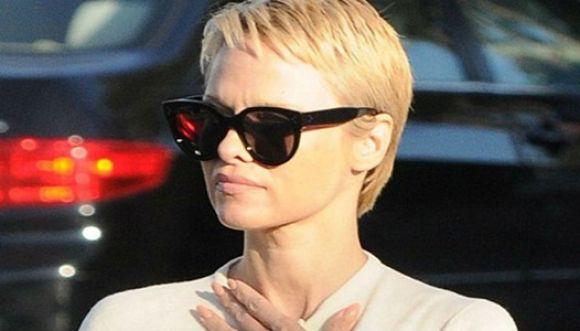 Nuevo look de Pamela Anderson