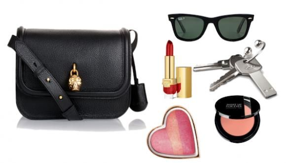 Cosas que no pueden faltar en tu bolso