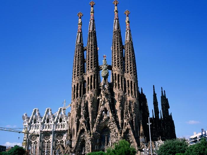 hoteles-sagrada-familia-barcelona