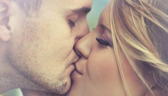 Aprende a conquistar con besos