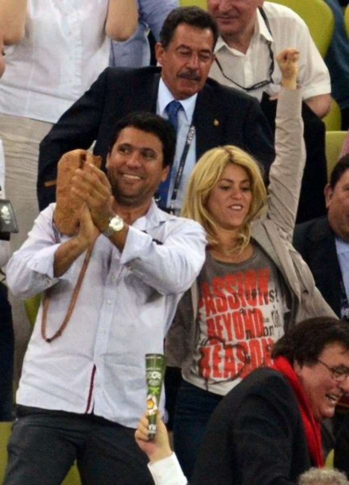 Shakira con Tony