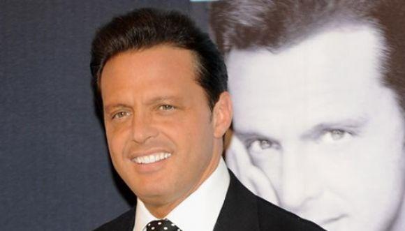 Luis Miguel cumple 44 años