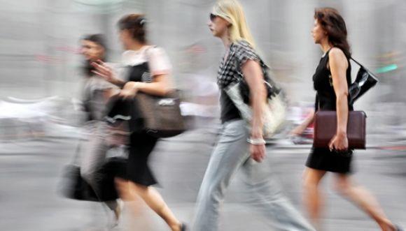 Tu manera de caminar refleja tus orgasmos