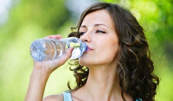 Si odias tomar agua, aquí está la solución