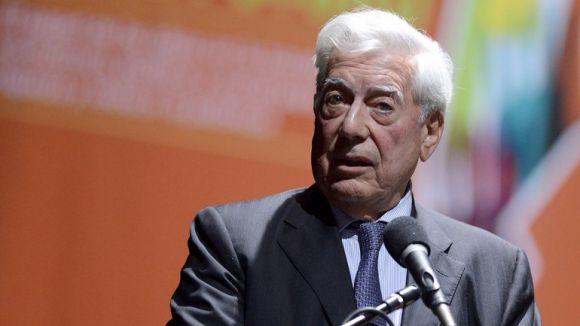 ¡Escándalo! Un espectador ofendió a Mario Vargas Llosa