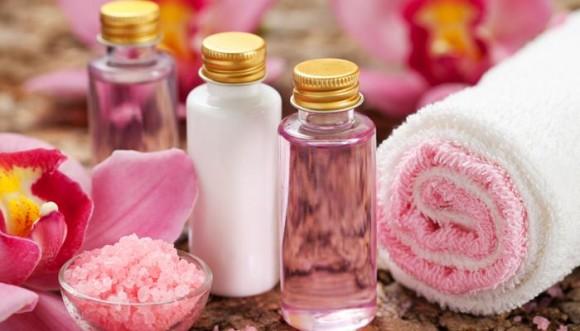 Estos productos de belleza no deben faltar en tu baño