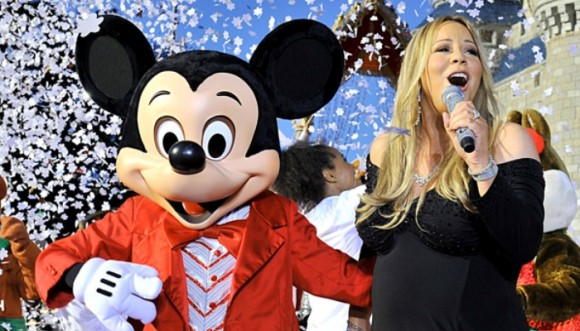 Mariah Carey olvida su inminente divorcio en Disney