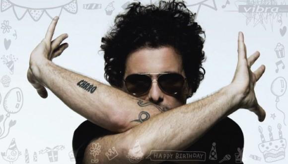 Cumpleaños de Andrés Calamaro: ¡su traga maluca!