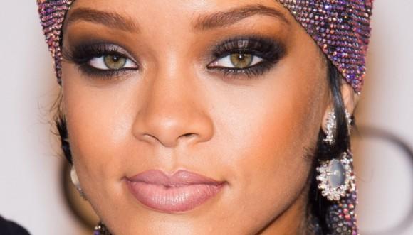 Rihanna y los 'selfies' en los que sale más bella