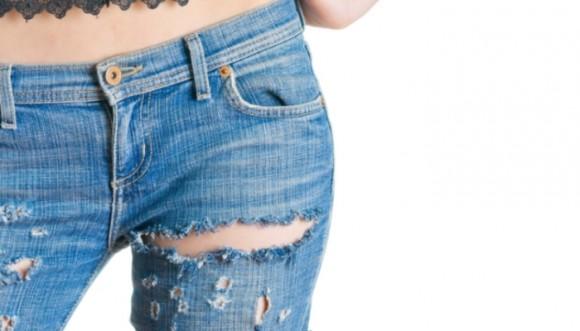 Jeans rotos vuelven a ponerse de moda