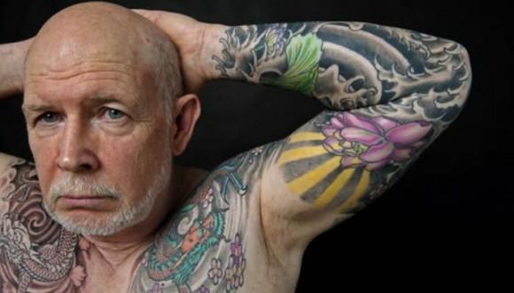 Ni muy joven, ni muy viejo para un tatuaje