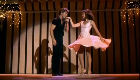 Pequeño demuestra su pasión por el baile (video)