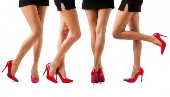 Minifalda: 50 años mostrando las piernas
