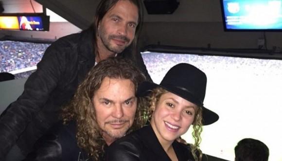 Maná y Shakira unidos por el Fútbol
