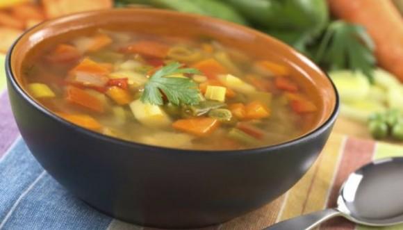 Adelgaza a punta de sopa