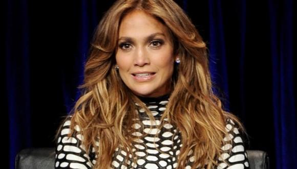 Jennifer Lopez le hace el feo a las latinas