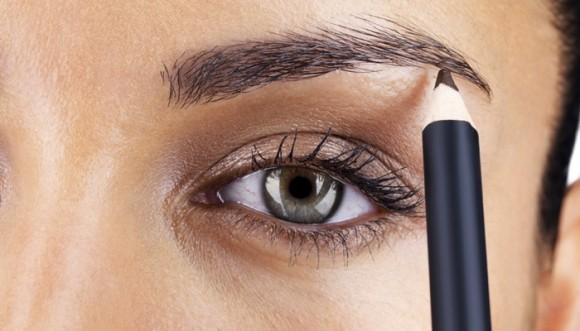 Maquilla tus cejas según tu tipo de rostro