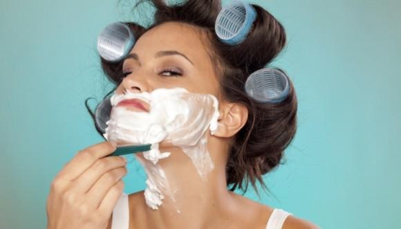 ¿Te afeitarías la cara para estar bella?