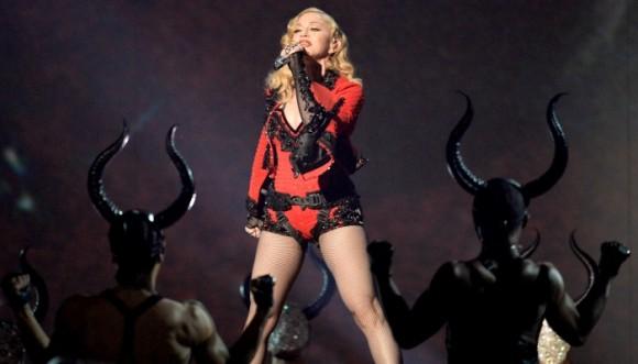¿Madonna todavía provoca a los hombres?