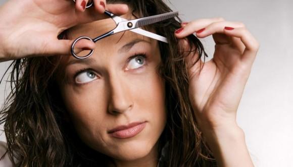 4 formas de cortar tu flequillo en casa (Tutorial)