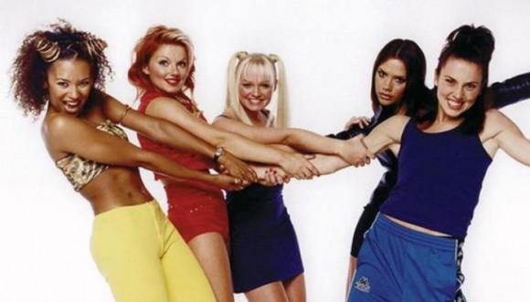 Pelos de Christina Aguilera y otras famosas en los 90