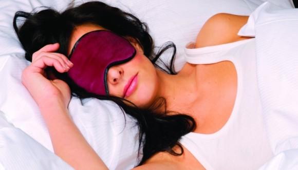 Dormir con luz podría enfermarte