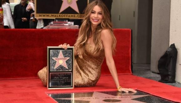 Así vivió Sofía Vergara su estrella en el paseo de la fama