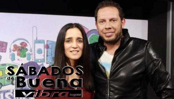Julieta Venegas confiesa que 'Algo sucede'