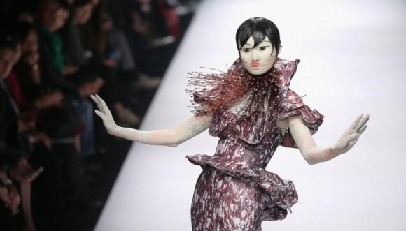 Dragones, flores y otros símbolos de China regresan a la ropa
