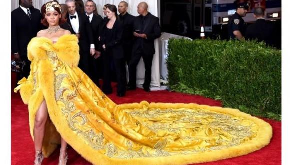 Extravagantes pintas de Beyoncé, Rihanna y otras famosas en la gala del MET